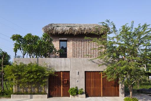Nhà lợp lá -xu hướng sử dụng vật liệu thiết kế nội thất xanh mang tính mới mẻ