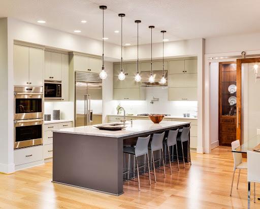 Đèn chiếu sáng trong thiết kế và thi công bếp